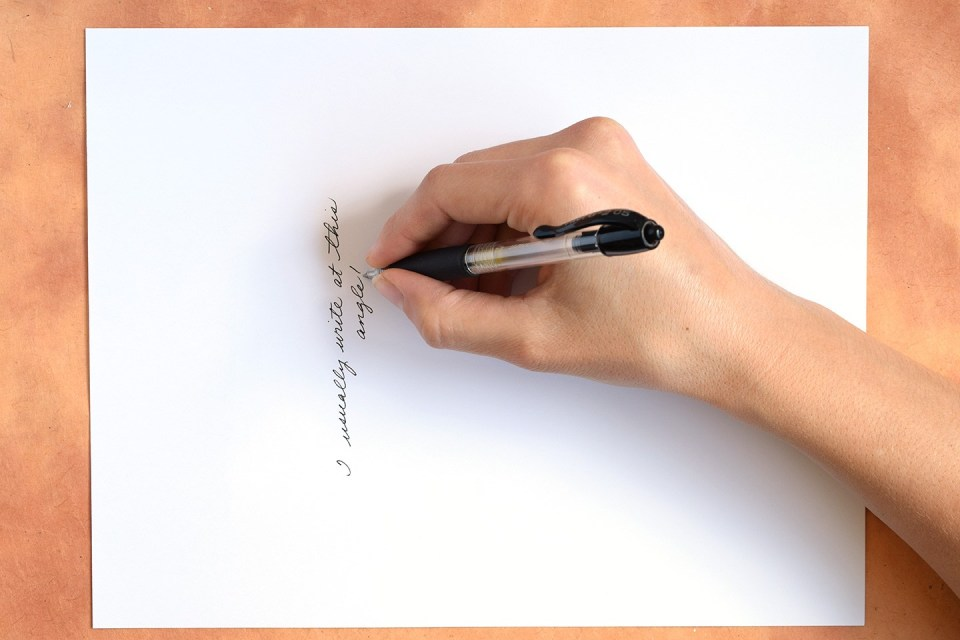 Учимся писать каллиграфическим почерком